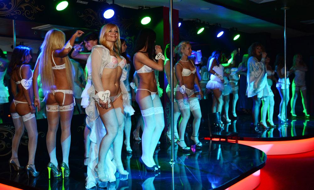 разврат в клубах россии видео